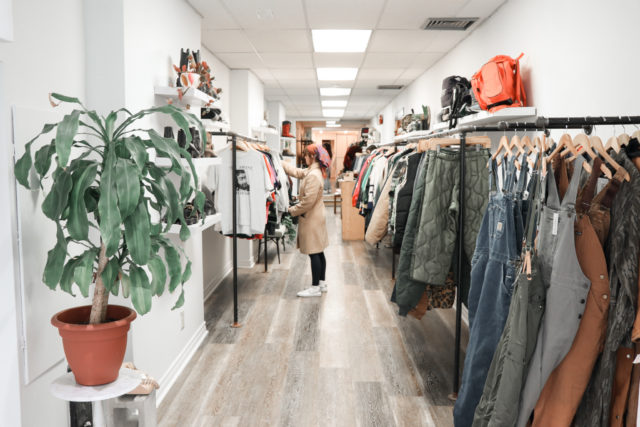 Filthy Rebina Vintage Clothing Rack with Shopper